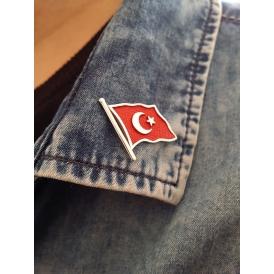 Türk Bayrağı Gümüş Rozet